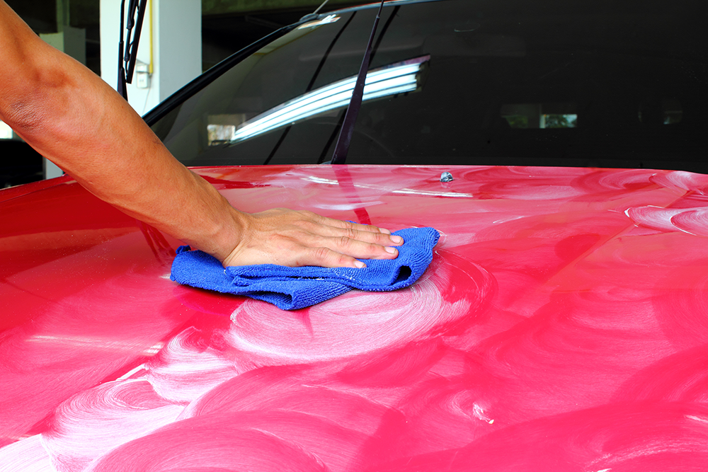 Insulator Wax Helps Keep Up (Vehicle) Appearances During Winter